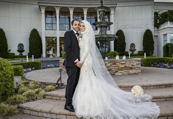 молодожены на мусульманской свадьбе