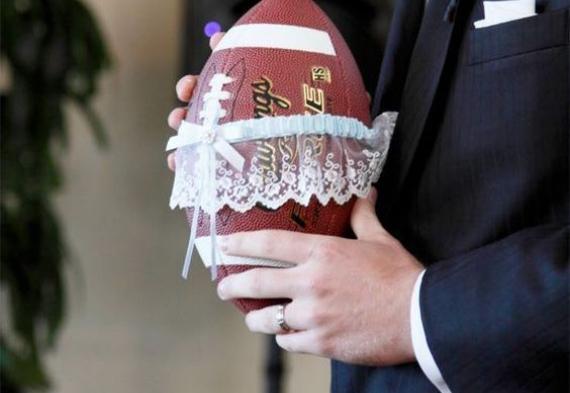 бросить мяч свадебная традиция