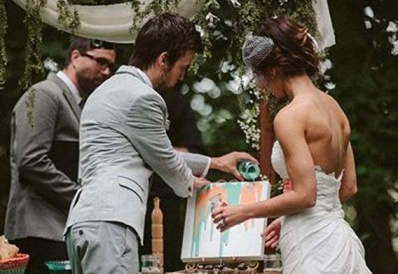 свадебная церемония с рисунком