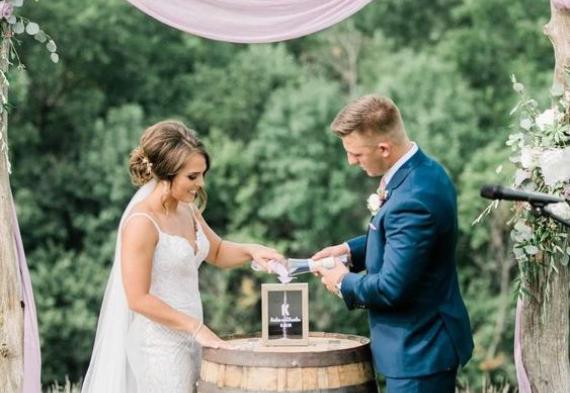 церемония с солью на свадьбе