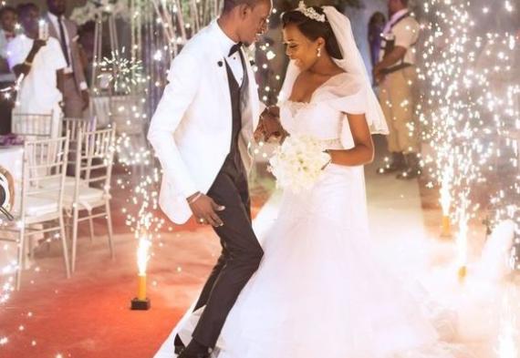 холодный фонтан для свадебного танца