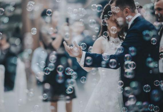 мыльные пузыри на свадьбе