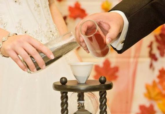 песочные часы на свадьбе