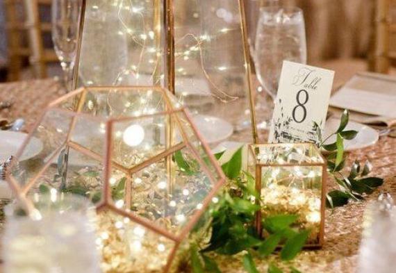 ретро гирлянда на свадебный стол