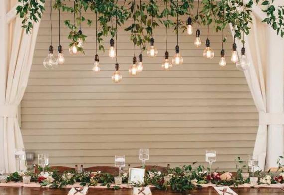 ретро гирлянда со свисаниями на свадьбу