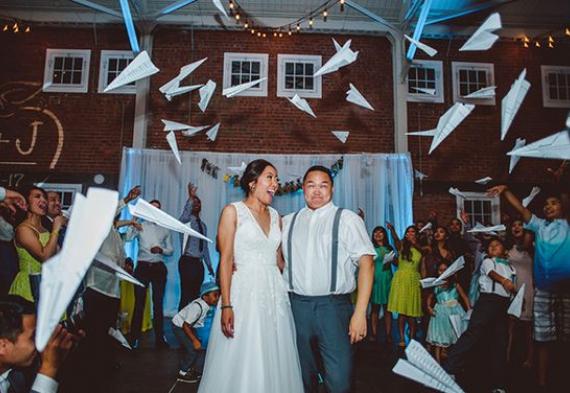 бумажные самолетики на свадьбу