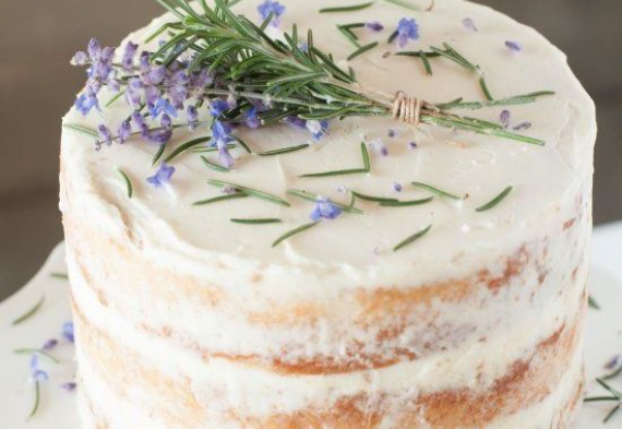 торт из лаванды на свадьбу