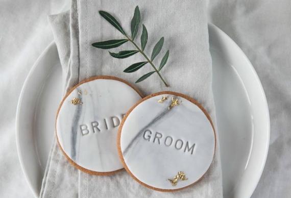 круглые пряники на свадьбу 5