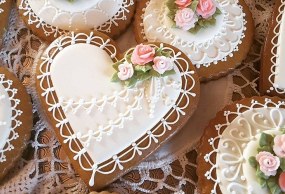 пряник в виде сердца на свадьбу 3