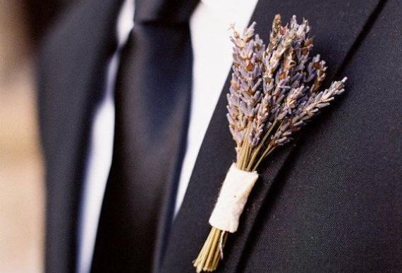бутоньерки из лаванды для свадебной церемонии