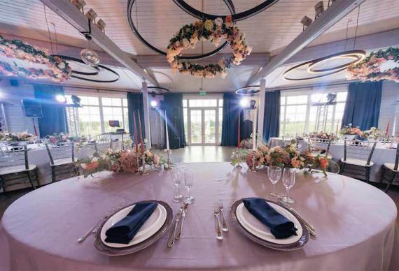 Свадьба в панорамном ресторане