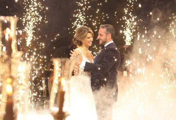 фонтан холодного огня для свадебного танца