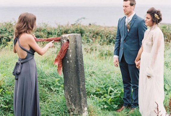 каменная церемония на свадьбе