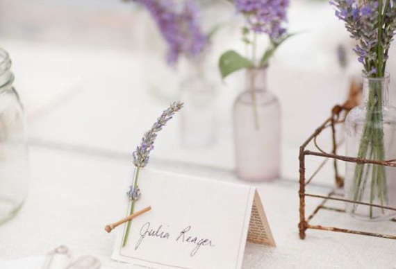 карточки для рассадки гостей с цветами лаванды