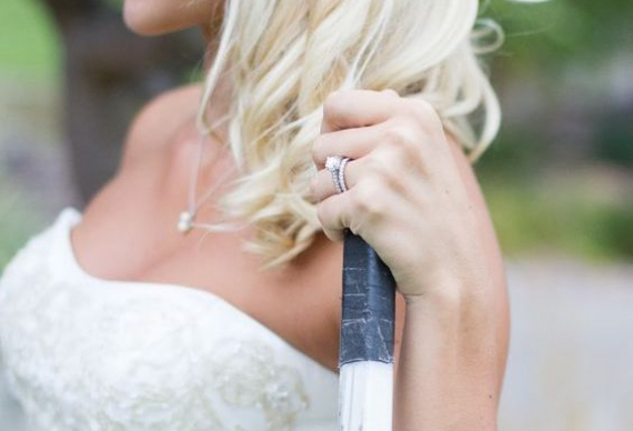 невеста с клюшкой
