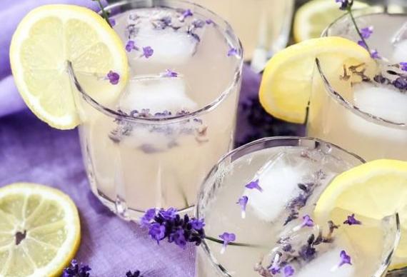 лавандовый лимонад для свадебного торжества