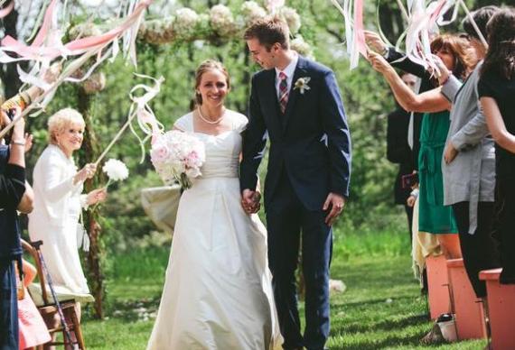 ленты на палочке для свадебной церемонии