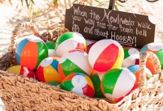 надувные мячики на свадьбу