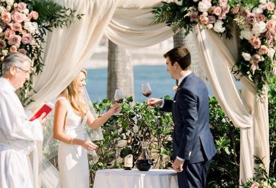 объединение вин на свадьбе