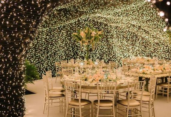 гирлянда нить в свадебном декоре
