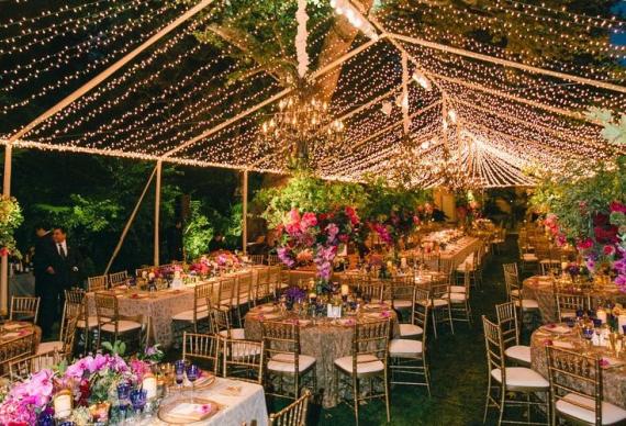 гирлянда нить в свадебном интерьере