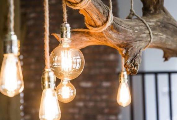 ретро люстры из лампочек