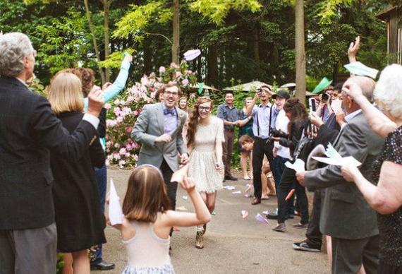 бумажные самолетики для свадебной церемонии