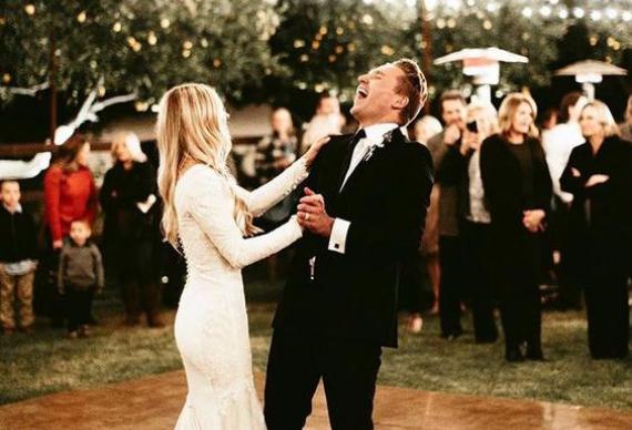 танец невесты с отцом на свадьбе