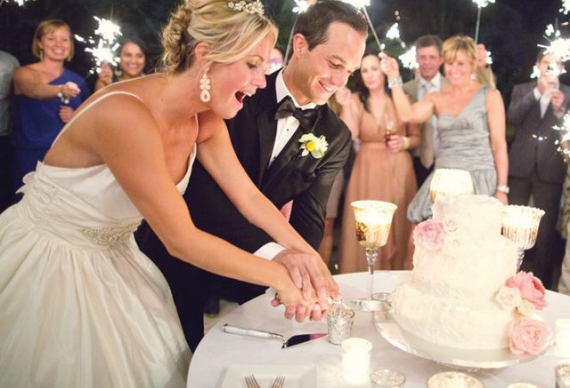 торт на свадебном торжестве