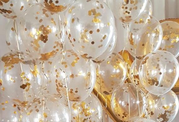 воздушные шары на золотую свадьбу